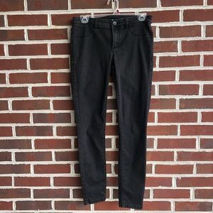LC Lauren Conrad Black skinny jeans size 6